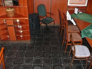Podlaha hospůdky
