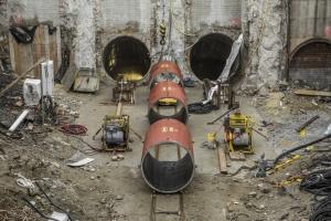Otěruvzdorné a chemicky odolné čedičové obložení ocelových trubek shybka Praha