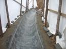 Obklad dna stoky R400
